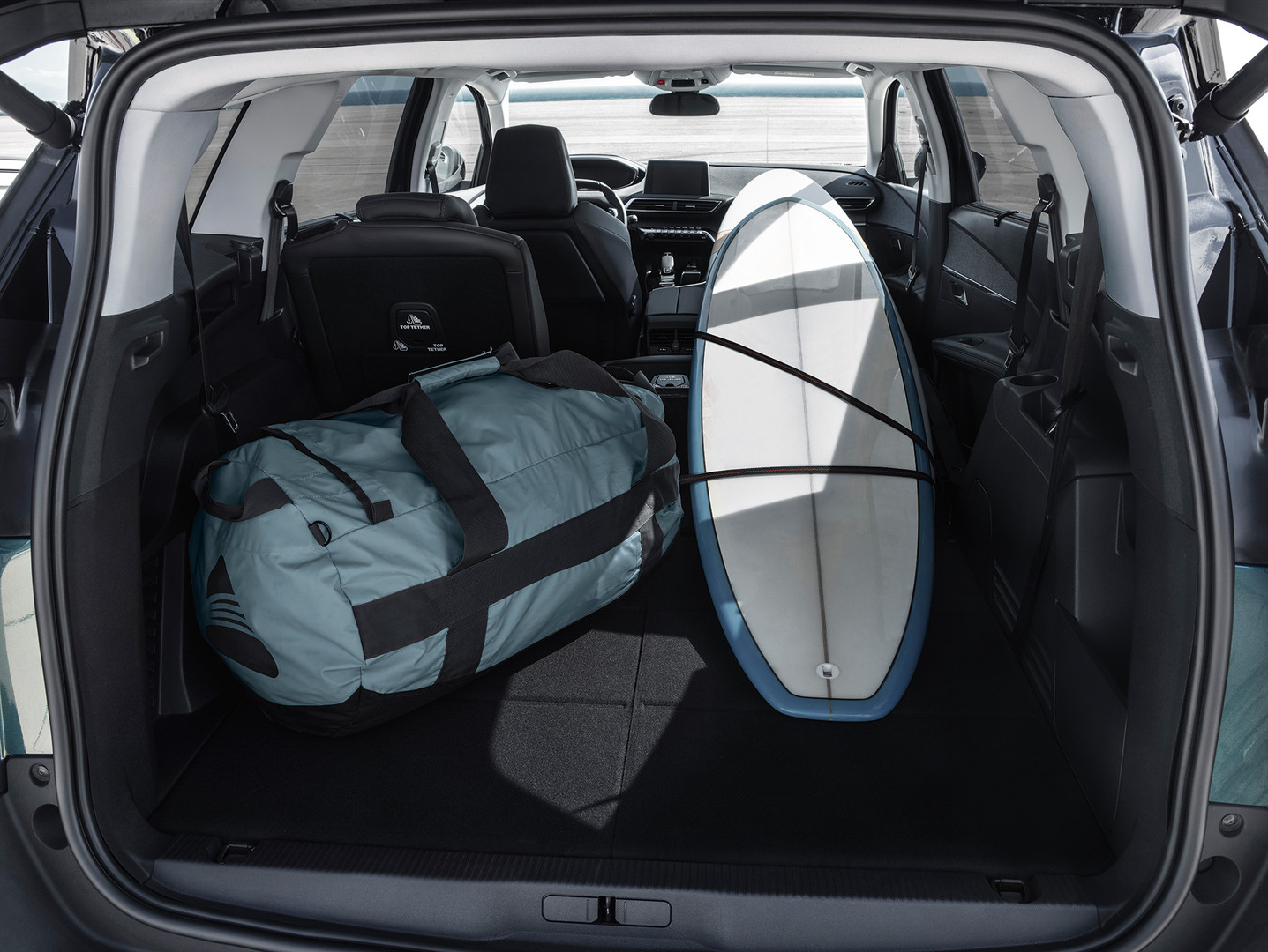 peugeot 5008suvboot space